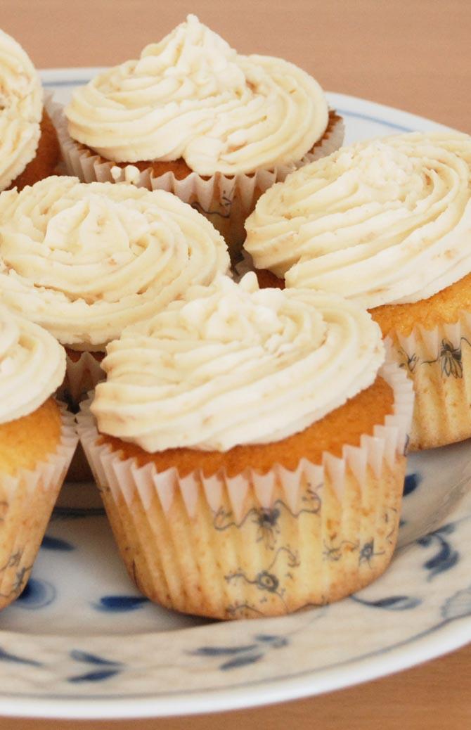 Cupcakes med karamel glasur