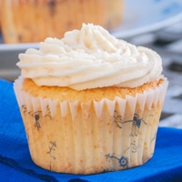 Vanille karamel cupcakes opskrift fra Bageglad