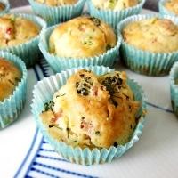Madmuffins med broccoli og skinke