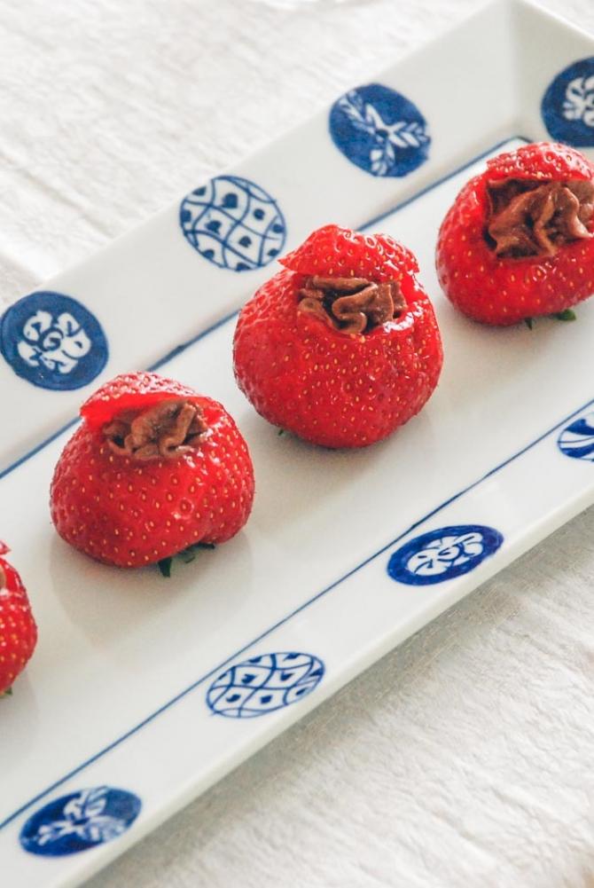Jordbær med chokolademousse