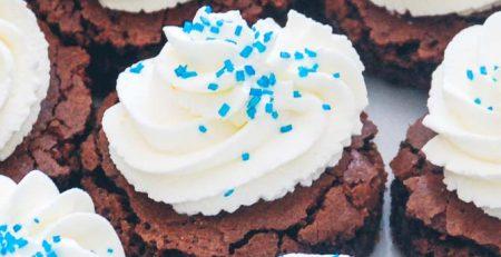 Brownies med flødeskum fra Bageglad