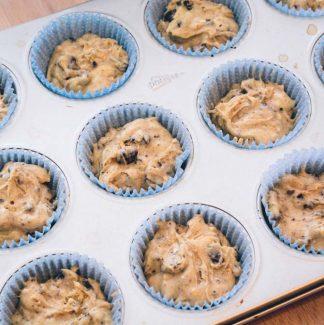 Bage Oreo cupcakes