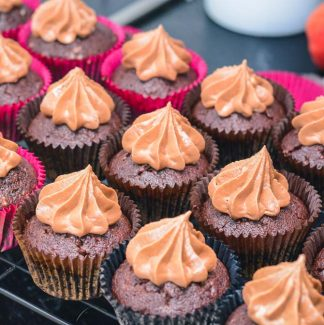 Chokoladeglasur cupcakes