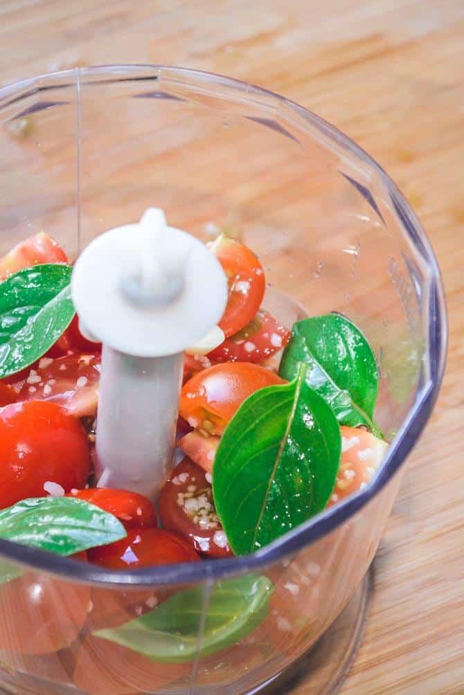 bruschetta med tomat og ost