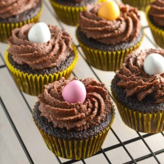 Påske cupcakes med chokolade