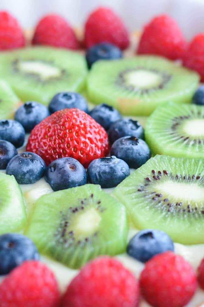 Tærte med frisk frugt og creme
