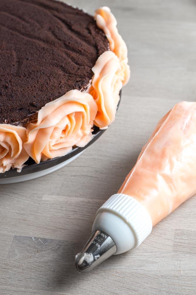 Roser på kage