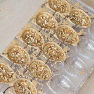 Callebaut Gold påskeæg med mandler